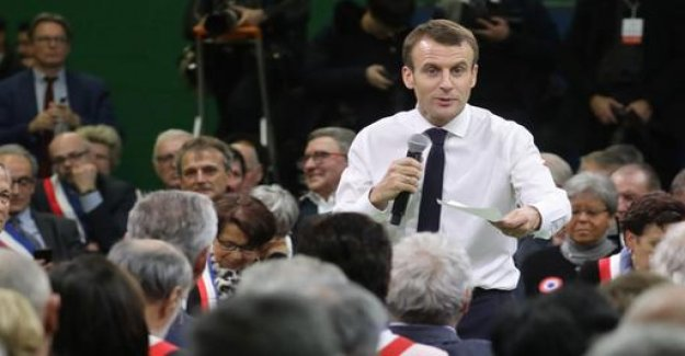Macrons dialogue with the citizens: The plight of the country