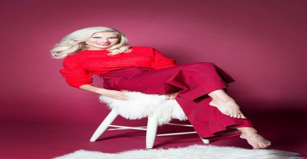 Maisa Croft published a 10-year-old self - portrait- compared to Paris Hilton