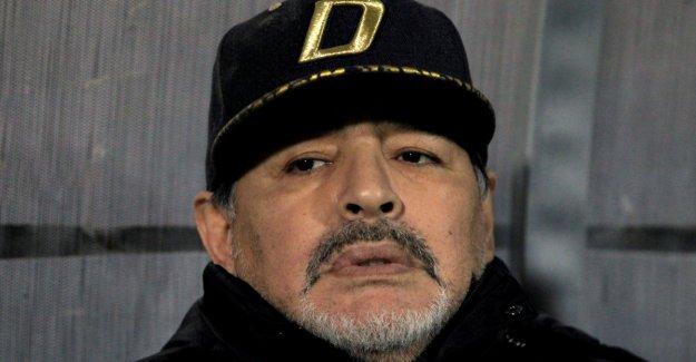 - Maradona hasteopereres for internal bleeding