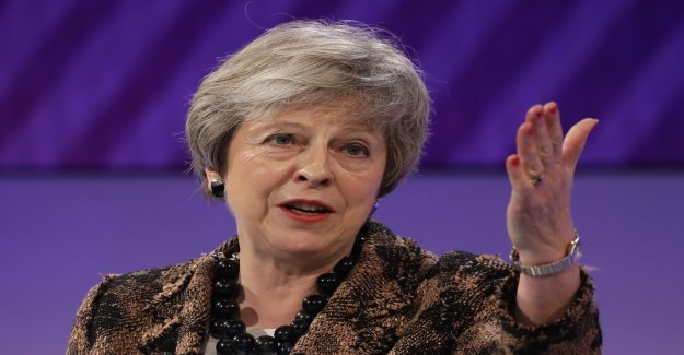 May: the British in an unknown land at the brexitnej