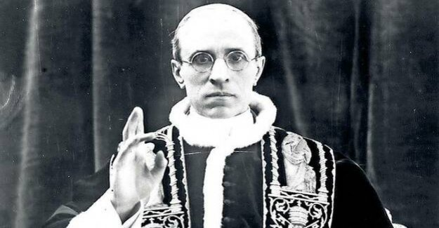 Michael Hesemann defended Pope Pius XII : The Vatican and the Holocaust