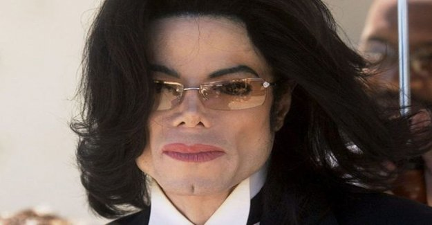 Michael Jackson allegedly begged for a 14-year-old bed - called victim of their disgusting names