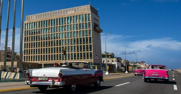 Mysterious sound back at the embassy in Cuba