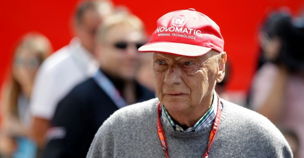 Niki Lauda has hospital abandoned after heavy griepaanval