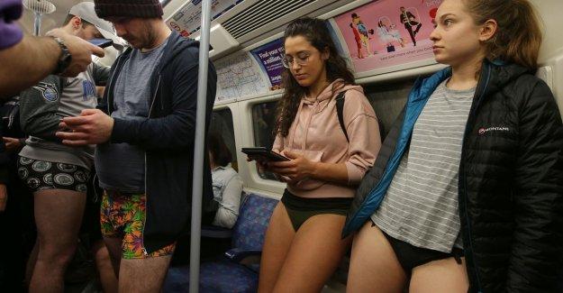 No pants on the subway: the No Pants Subway Ride in 50 amusing photos