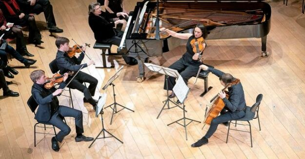 Pianist Elisabeth Leonskaja in the Boulez hall : The Dance of the sounds