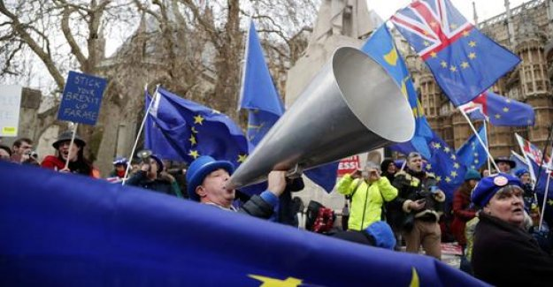 Political scientist Glees to the Brexit: Wherever you look, only Chaos