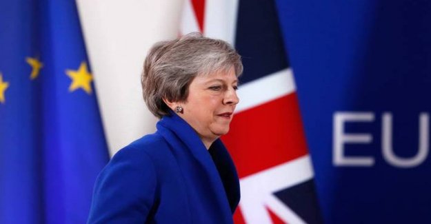 Professor: Only the british themselves can solve the chaotic brexit