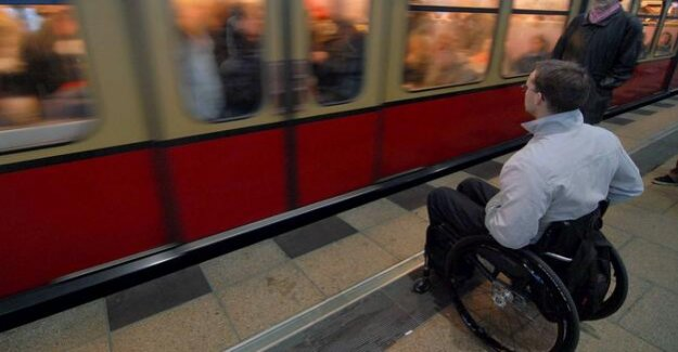 Public transport in Berlin U - and S-train stations should be in 2020 with full wheelchair access