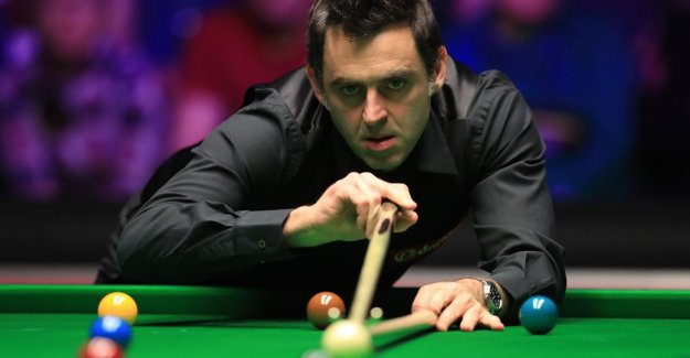 Ronnie O'sullivan easily over Stuart Bingham at the Masters snooker