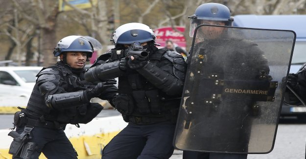 Rubber bullets against the yellow vests criticized