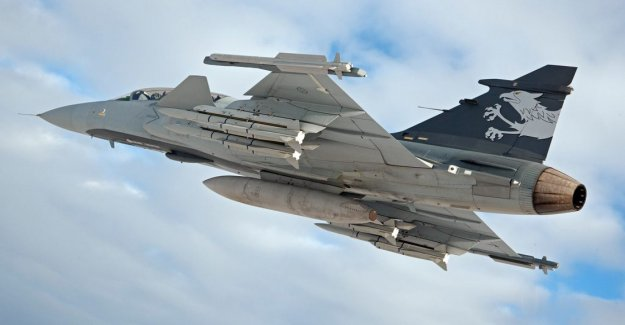 Saab offers fighter aircraft to Finland