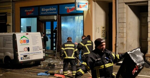 Saxony : Explosion in front of the AfD office in the Saxon town of Döbeln