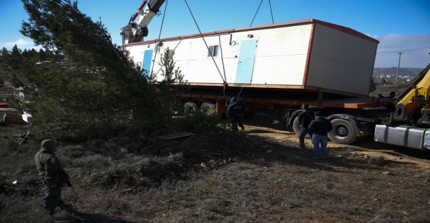 Several injured when settlers avhystes
