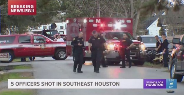 Several police officers shot in Houston