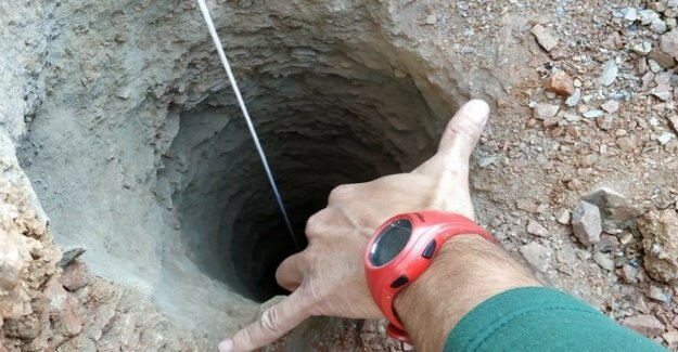 Spain : in search of a child in 110-Meter-deep manhole so far unsuccessfully