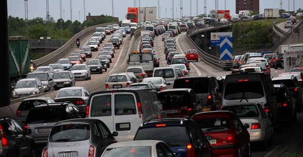 Tax based on distance driven for passenger cars are examined