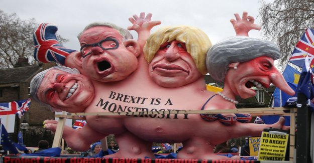 The curious pages of the Brexit battle