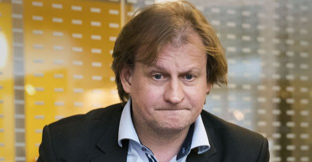 The former MP-the top Carl Schlyter leaves the party