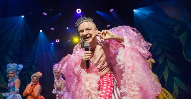 The queen Jonas Gardell want to live to the max