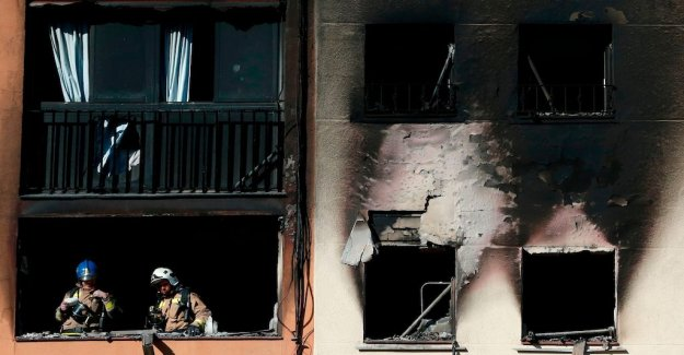 Three dead in fire on the outskirts of Barcelona