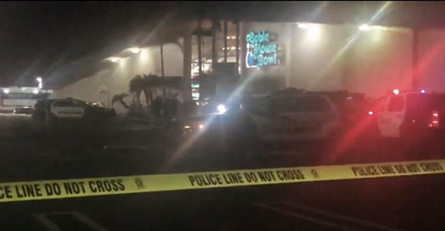 Three dead in shooting in an american bowling alley