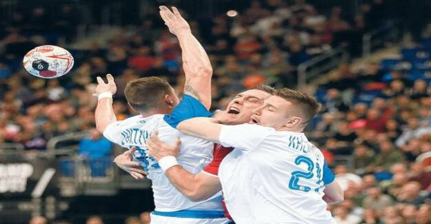 World Cup in Germany and Denmark : handball players suffer from a tight game plan