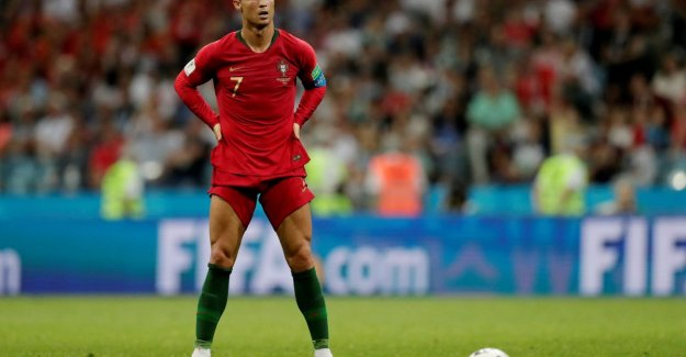 0 13: Ronaldo is the Serie A player with the least success on the free kick