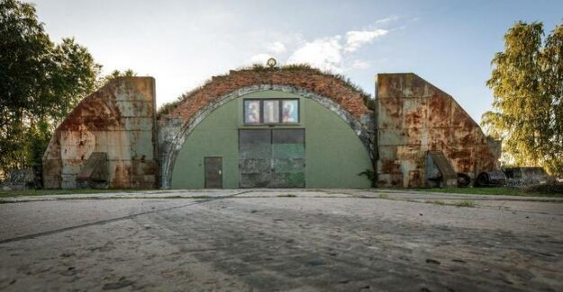 A former military hangar in Neuruppin : Where once the fighter jets were humming, is heard now hit the music