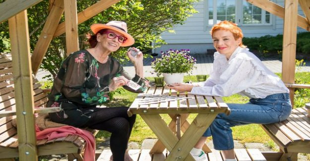 Aira Samulin, 91, took Maria Veitola weekend just over a week aivoinfarktinsa after - dance the full Macarena