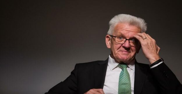 Armed to the basic law and digital Pact : Winfried Kretschmann is his own Guru