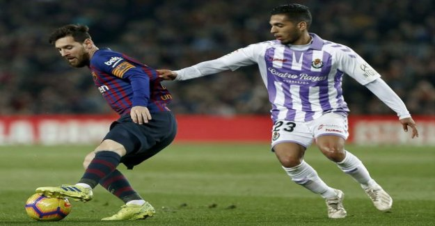 Barcelona is slowly Valladolid game - Leo Messi kicked the penalty, winning goal!