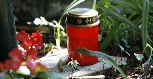 Berlin-Hohenschönhausen : Dead in the bushes found a Baby buried
