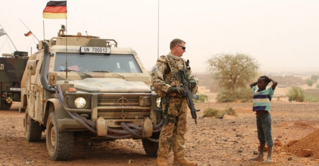 Bundeswehr convoy in Mali fired