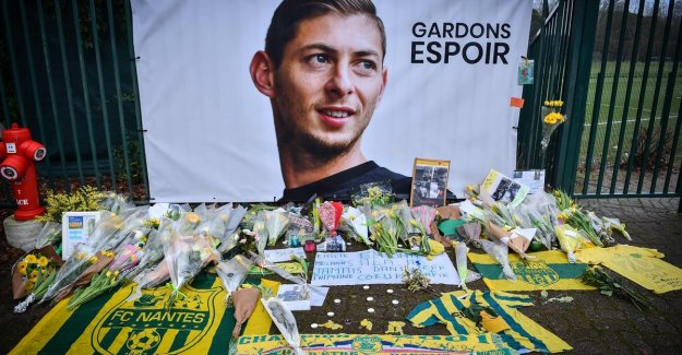 Cardiff can Nantes possible to sue for negligence as a pilot of Sala not have a valid license had