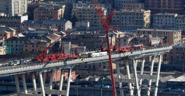 Demolition of the collapsed highway bridge has begun