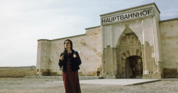 Director of the Berlinale retrospective : Why should men be able to do it better?
