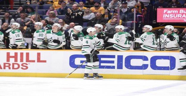 Dizzy, Miro Heiskanen! Super rookie got an a full in the NHL, the rose really nimekkääseen among