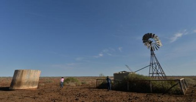 Drought in Australia, brings the Farmer to the load limit