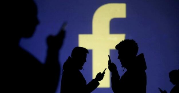 Federal cartel office : Facebook may not collect as many data