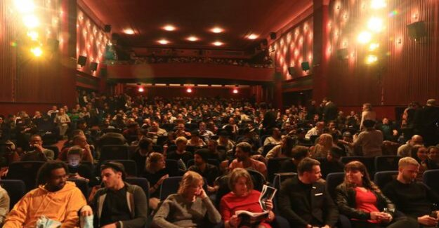 Film industry : Significantly fewer cinema visitors
