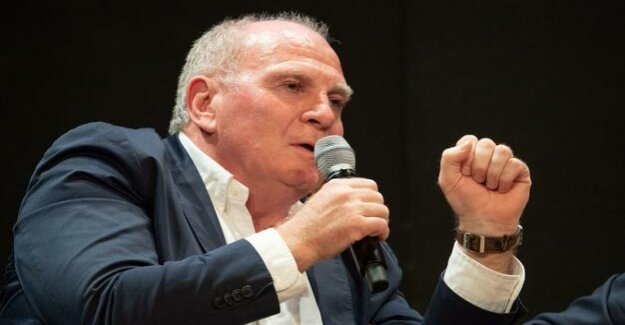 Football-Bundesliga : Uli Hoeness as a motivational aid for Borussia Dortmund