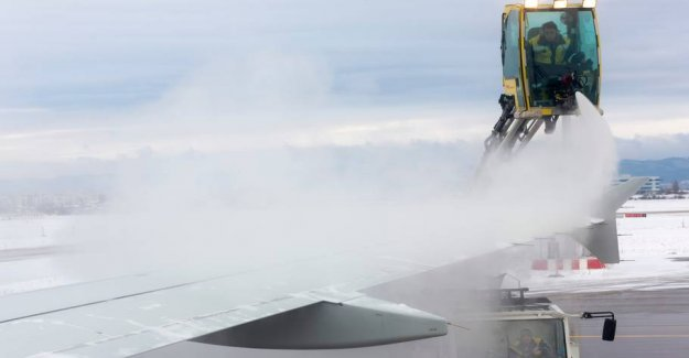 Freezing passengers trapped for hours: Aircraft are sprayed with slime