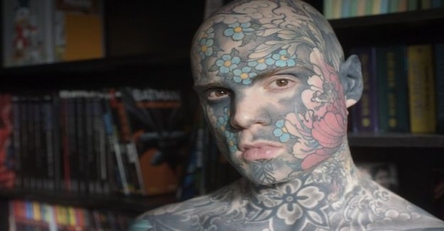 French teacher appearance suspicious parents - tattoos cover your ears, body and even your gums