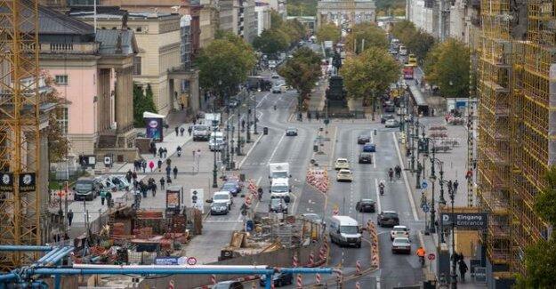 Friedrichstraße and unter den Linden : How Berlin's Boulevards partially car might be free