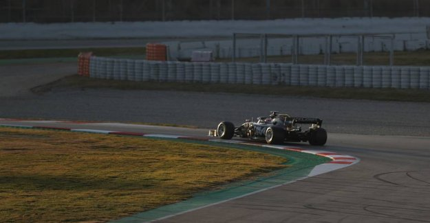 Grosjean tredjehurtigst on the first day