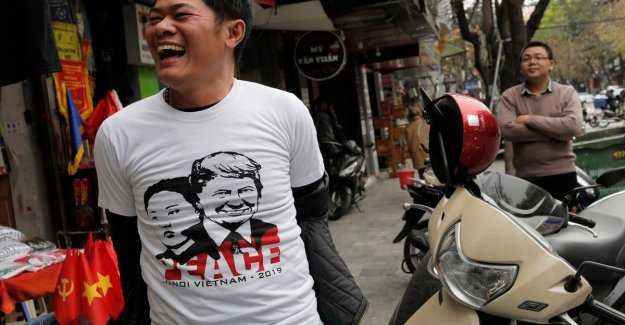 Hairstyles like Kim Jong-un, and T-shirts with a portrait of Trump: Vietnam is preparing in style for the summit