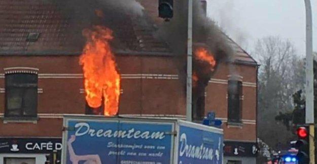 Heavy damage in barber shop after fire on upper floor