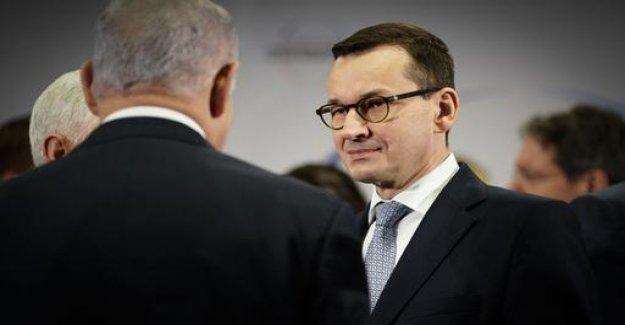 Holocaust debate: Poland's government says Israel trip