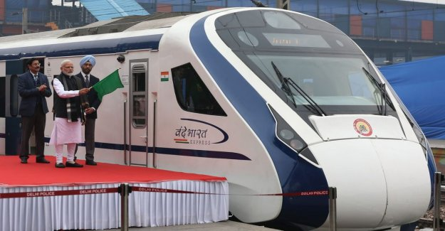 India's fastest train went down the day after the inauguration – was driving a cow